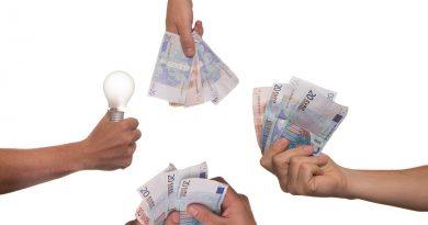 Češi aktivně investují. Pouze čtvrtina je nečinná