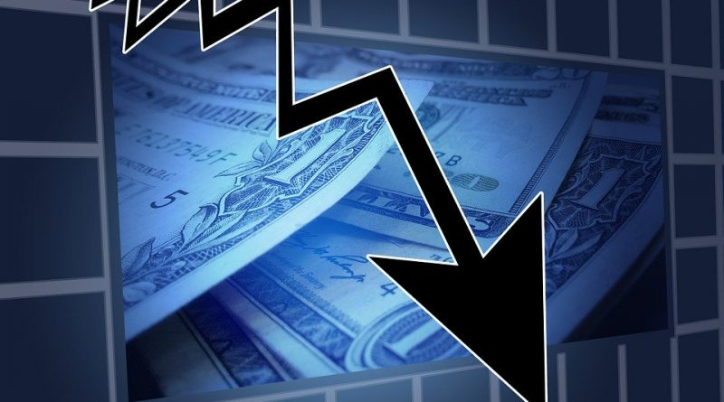 Sazby hypoték jdou dolů stejně jako ceny nemovitostí